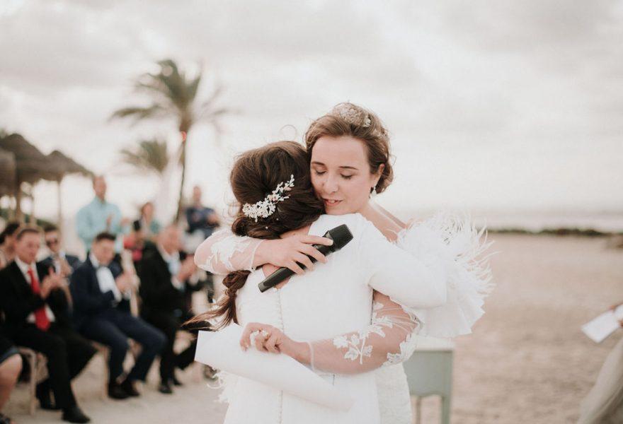 fotografo-de-bodas-sevilla-lele-pastor-boda-lgbt-en-collados-beach-137